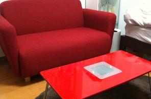 ソファとテーブル
