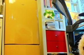 黄色い冷蔵庫