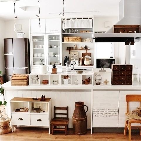 Interior Design For Middle Class Home : lovelyzakka の部屋「ほっこりカフェキッチン」  reroom ...
