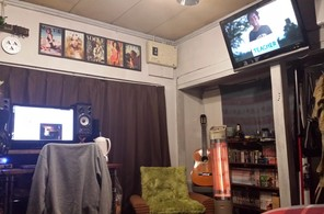 テレビを壁掛けにもしました①
