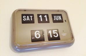 TWEMCOのパタパタ時計