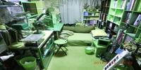 掃除したつもりで散らかっている部屋